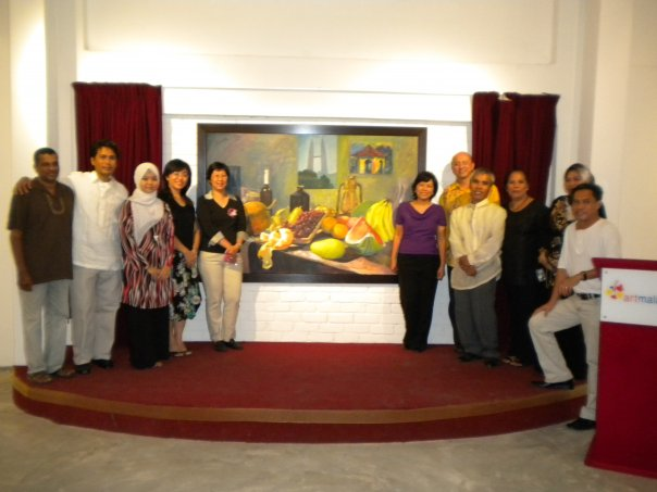 October 29, 2009 with Mr. Liew Kian Yap and international guests with artists fromCebu, Philippines