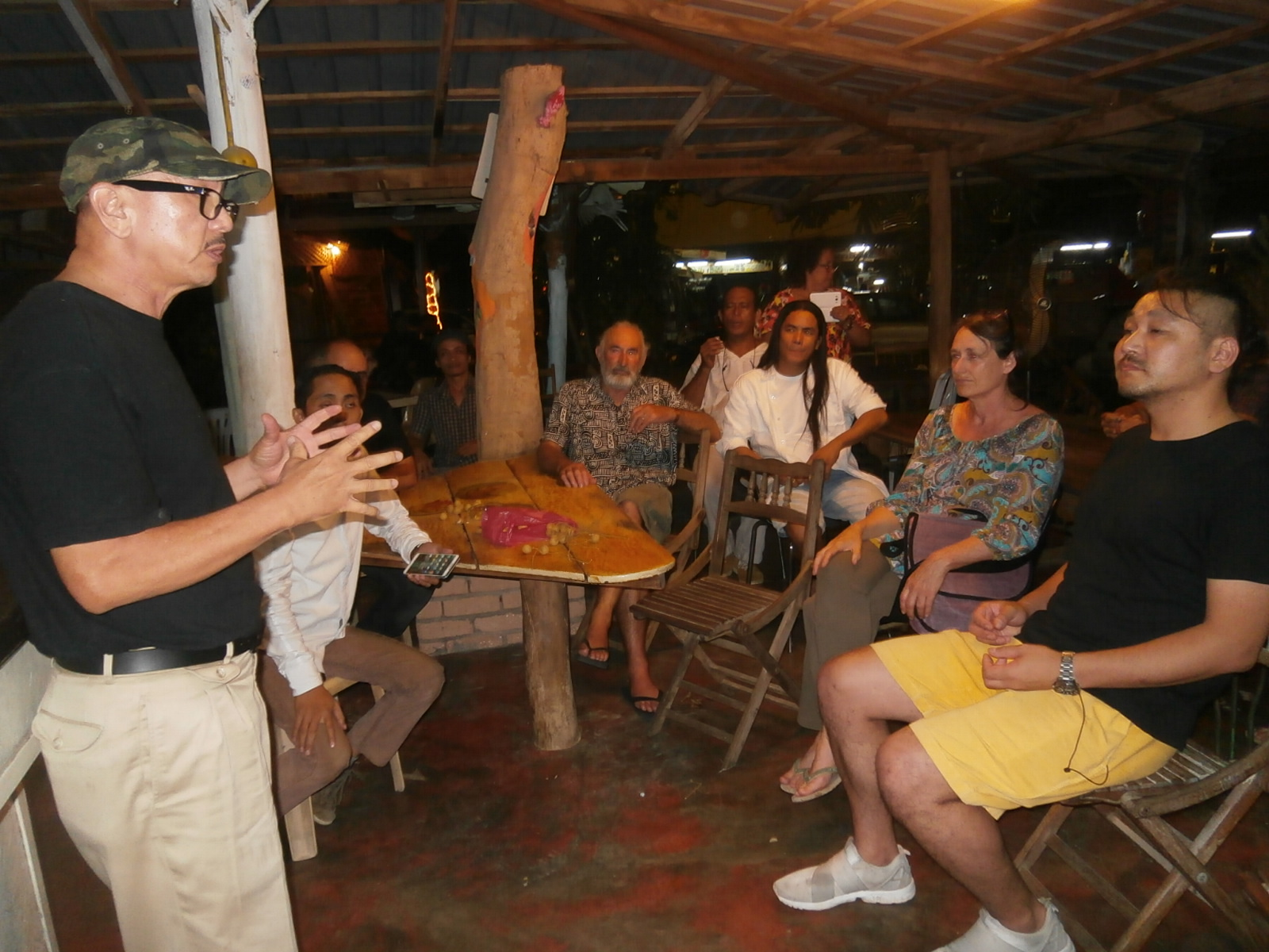 Mr. Liew Kian Yap, Langkawi Art Biennale Founder led the discussions.